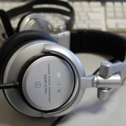 Tai nghe Sony MDR-Z700 1